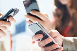 To 25% των ηλεκτρονικών αγορών στην Ελλάδα γίνεται μέσω κινητών