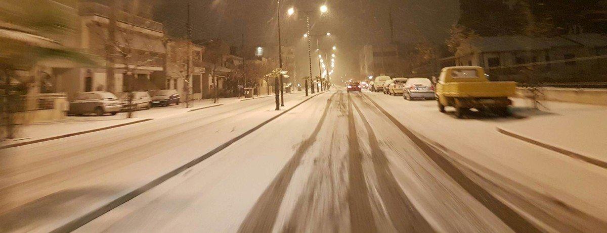 Λάρισα: Χιονόπτωση μέχρι το βράδυ – Ακολουθεί παγετός