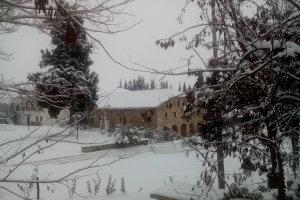 Κλικς από τη χιονισμένη Αγιά (ΦΩΤΟ)