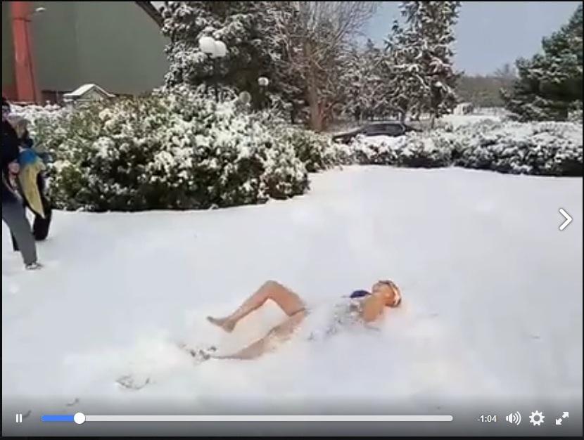 Κολύμπι στο… χιόνι