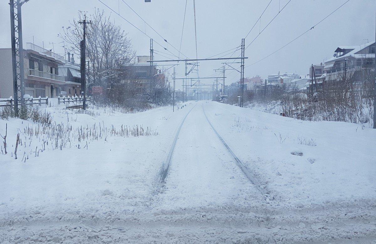 Ακινητοποιήθηκαν 4 τρένα εξαιτίας των καιρικών συνθηκών