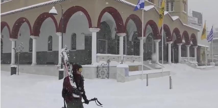 «Κατάβαση» με σκί από τον Άγιο Αχίλλιο ! (video)
