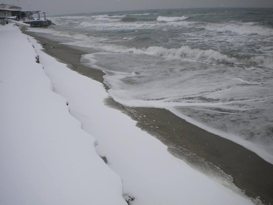 Το χιόνι «αγγίζει» το Αιγαίο…