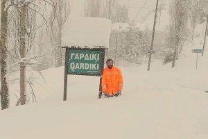 Στο 1 μέτρο το χιόνι στα ορεινά των Τρικάλων