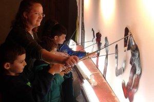 Μήνας Καραγκιόζη στο Λαογραφικό Μουσείο Λάρισας