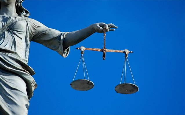 Ο Συμβολαιογραφικός Σύλλογος στο πλάι των δικαστικών επιμελητών