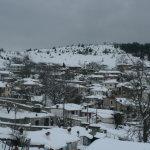 Φωτογραφικό οδοιπορικό στη χιονισμένη Καλλιπεύκη (ΦΩΤΟ)