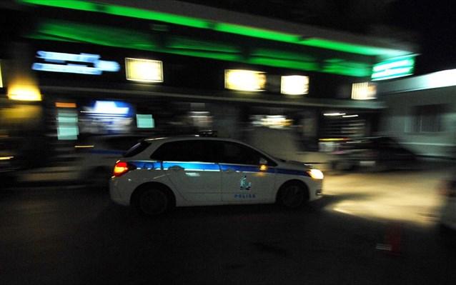 Αστυνομική καταδίωξη σε οδηγό κλεμμένου οχήματος στις στροφές Δομοκού