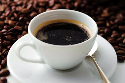 Ο καφές μάλλον δεν βοηθά στο αδυνάτισμα