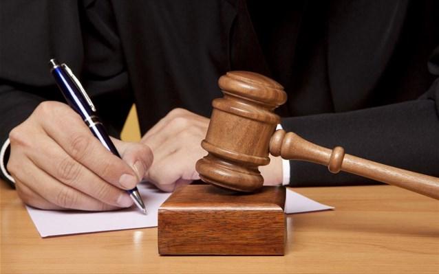 Έδιναν παράνομα επιδόματα και ζημίωσαν με 11 εκατ. το ΙΚΑ