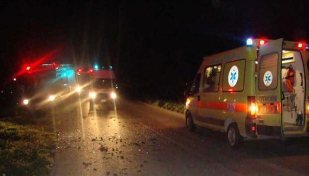 Τροχαίο ατύχημα τα ξημερώματα έξω από τη Λάρισα με απεγκλωβισμό του οδηγού