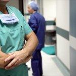 Με λουκέτο στα νοσοκομεία απειλούν οι νοσοκομειακοί γιατροί