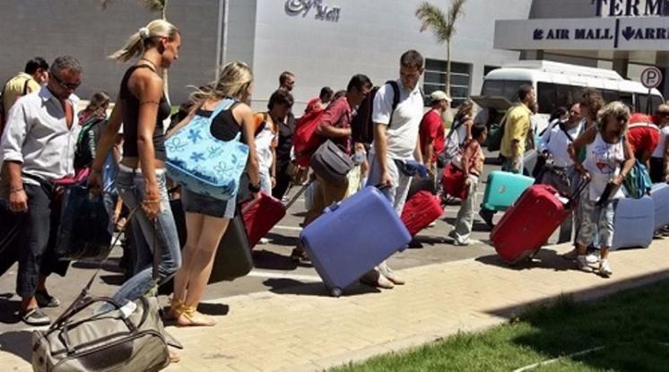 Αυξημένη κατά 10% η ταξιδιωτική κίνηση των Ελλήνων φέτος το καλοκαίρι