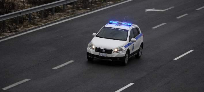 Σε παράδρομο της ΠΑΘΕ βρέθηκε το αυτοκίνητο των «χρυσοδάκτυλων» διαρρηκτών