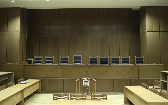 «Όχι» των δικαστών στις μειώσεις των συντάξεών τους
