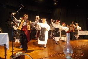 Τύρναβος: Μουσικοχορευτική παράσταση με ήθη και έθιμα του Πάσχα (ΦΩΤΟ)