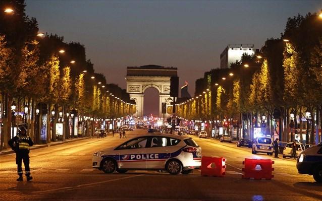 Γνωστός στις γαλλικές αρχές ο δράστης της επίθεσης στο Παρίσι