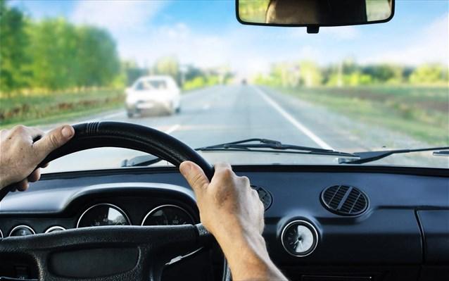 Επί 17 χρόνια έπαιρναν μίζες για να δίνουν διπλώματα οδήγησης