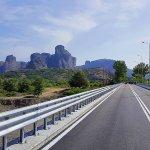 Πάνω στη νέα γέφυρα της Διάβας (ΒΙΝΤΕΟ)