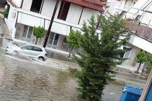 Δρόμοι – λίμνες στη Γιάννουλη