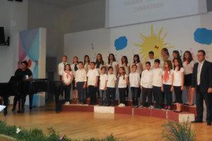 Κέρδισε το χειροκρότημα το Παιδικό Τμήμα της Δημοτικής Χορωδίας Φαρσάλων