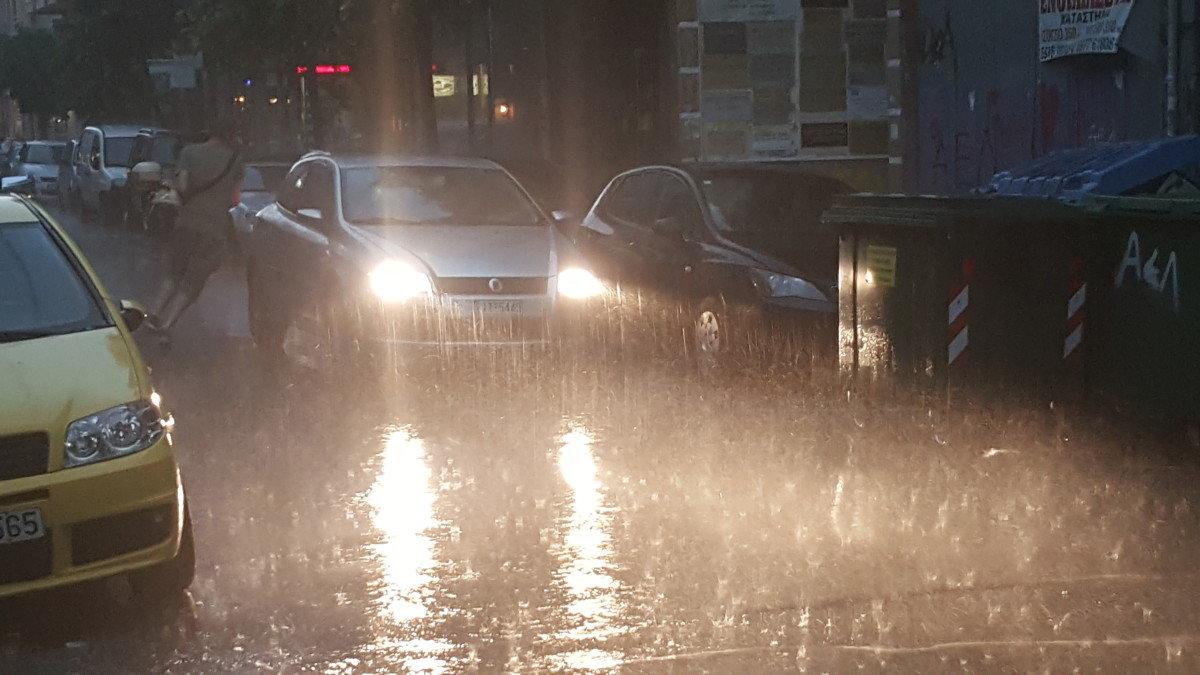Έρχονται καταιγίδες στη Λάρισα (Αναλυτική πρόγνωση)