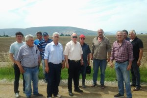 Κλιμάκιο της Περιφέρειας Θεσσαλίας στις χαλαζόπληκτες περιοχές των Φαρσάλων