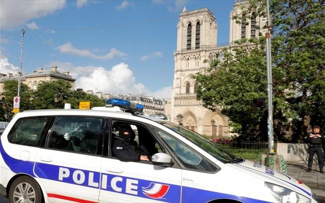 Εκρηξη σε λεωφορείο στο Παρίσι