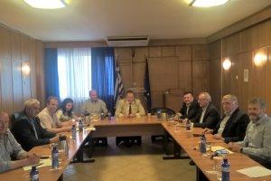 Σύσκεψη Κόκκαλη, ΕΛΓΑ, δημάρχων για τις ζημιές στο ν. Λάρισας