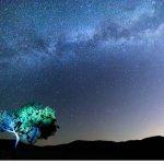 O Γαλαξίας πάνω από τα Μετέωρα (φωτ.)