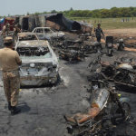 Βίντεο – σοκ: 140 άνθρωποι κάηκαν ζωντανοί από ανατροπή βυτιοφόρου