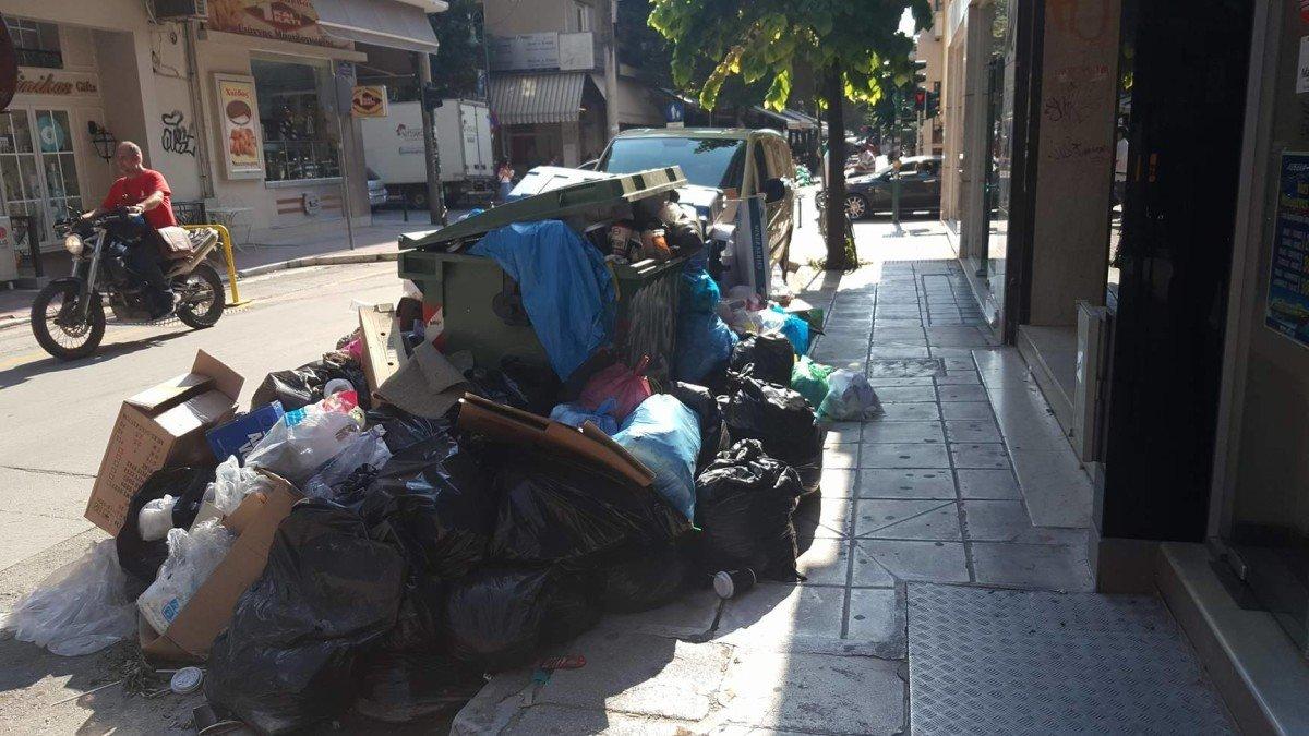 Σε 24ωρη απεργία η ΠΟΕ-ΟΤΑ – Οριστικές αποφάσεις για τα σκουπίδια
