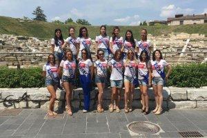 Στην Πισίνα της Λάρισας οι φιναλίστ «Μις Τουρισμός 2017» (ΦΩΤΟ)