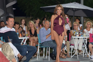 Party στο Pisina Summer Coffee Bar…