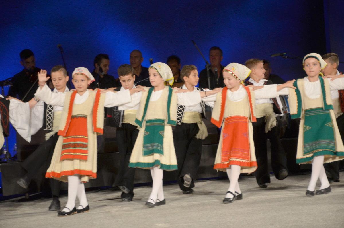 Μάγεψαν τα μαθητικά τμήματα χορού του Λυκείου των Ελληνίδων (φωτ.)