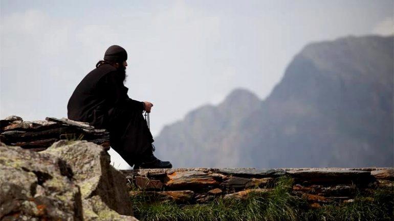 Μοναχός ζητά να διοριστεί ως δικηγόρος στην Ελλάδα