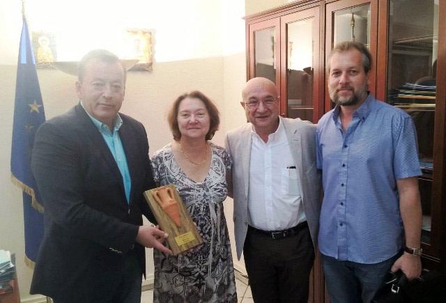 Ο Β. Κόκκαλης παρέδωσε το Βραβείο Best of Greece του 8ου Παγκόσμιου Διαγωνισμού Ελαιολάδου