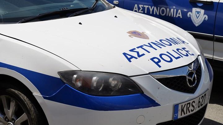 Κύπρος: Τραυματίες αστυνομικοί και ζημιές στον πόλεμο της «λαμπρατζιάς»