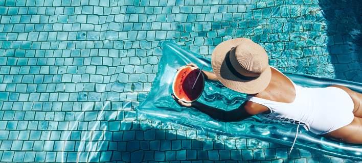 4 φυσικοί τρόποι για να ανακουφίσεις το δέρμα σου από τα εγκαύματα του ήλιου