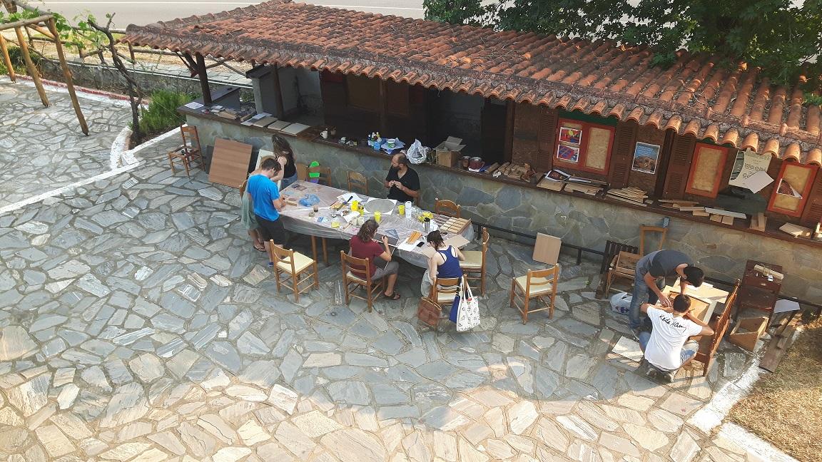 Συνεχίζεται το δημιουργικό καλοκαίρι στον «Ξενώνα Ραψάνης»