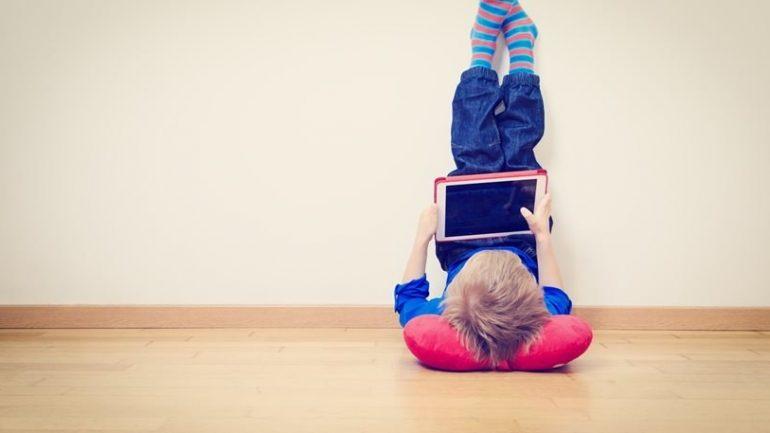 Γιατί οι «selfies» είναι απαγορευτικές για τα παιδιά;