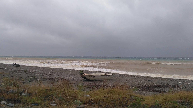 παραλια καταιγιδα (5)