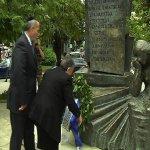 Καταδικάζει τον βανδαλισμό του μνημείου του Ολοκαυτώματος