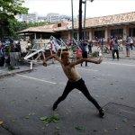 Τους 100 έφθασαν οι νεκροί στη Βενεζουέλα