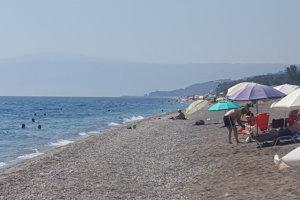 Από νωρίς στην παραλία… (φωτό)