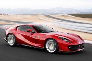 Γιατί οι εργαζόμενοι Ferrari δεν παίρνουν Ferrari