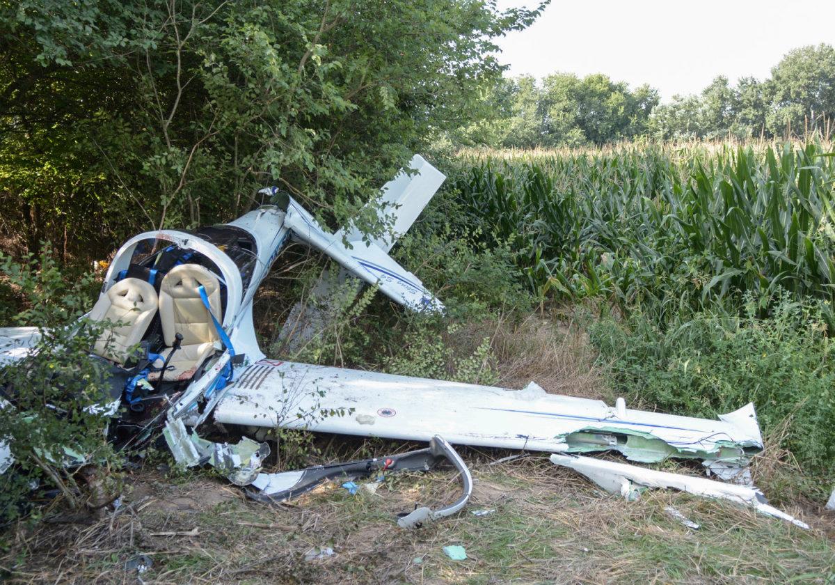 Μεταφέρθηκαν στην 110 ΠΜ τα συντρίμμια του μοιραίου αεροσκάφους που κατέπεσε το βράδυ της Τετάρτης
