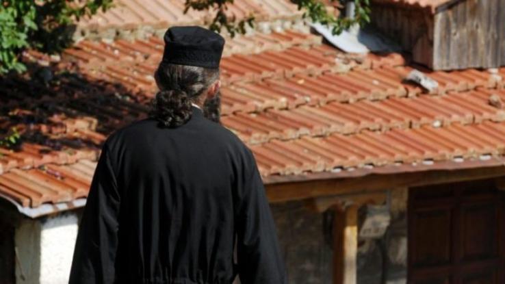 Αγρίνιο: Παπάς αρνήθηκε να τελέσει την κηδεία γυναίκας