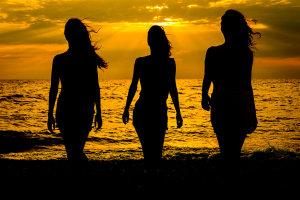 Έρως και Ελληνικό καλοκαίρι… Γράφει ο Άγγελος Πετρουλάκης