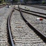 Πέθανε ο πεζός που παρέσυρε τρένο στο Μενίδι